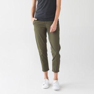 Lululemon Women's 4 Fatigue Green Trek Trouser